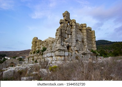 Fortress of Solomon (Baetocece), called in Arabic Hosn Solieman, is an ancient temple in Tartus Syria. image
