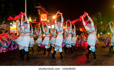 FOSHAN CITY�November 23: The dancers dancing Chinese traditional dance before the temple, they celebrated the Foshan City crops harvested in autumn November 23,2012 in Foshan,China
