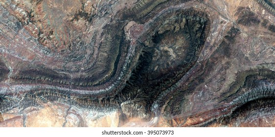fosil, allegory, tribute to Pollock, abstract photography of the deserts of Australia from the air,aerial view, abstract expressionism, contemporary photographic art, abstract naturalism,