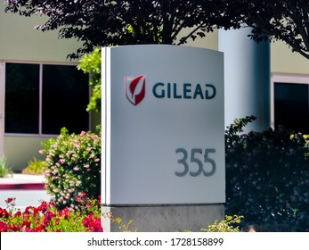 Foster City, CA/USA - May 10, 2020: Sign, Gilead Sciences building. Gilead Sciences is an American biopharmaceutical company that researches, develops and commerciallizes drugs.