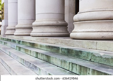 The foundation of massive columns on the steps