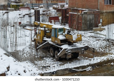 Foundation pit for the construction of an apartment building