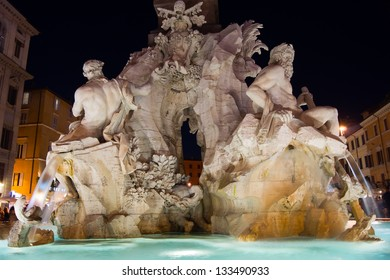 Fountain of the Four Rivers in Piazza Navona, Rome, Italy./Rome at night