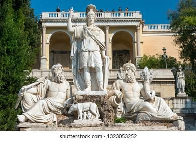 Fountain of the goddess of Rome ( Dea Roma ) at the Piazza del Popolo in Rome, Italy
