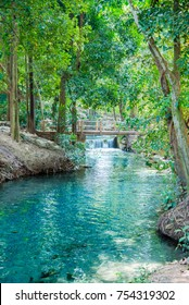 the fountain , Natural wells in Pak Chong, Nakhon Ratchasima is a tourist attraction in Pak Chong District. The line is called water. A watery eye with natural spring water. The nature of the water