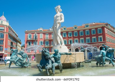 fountain on place Massena in Nice