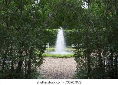 fountain outdoor lush garden nobody