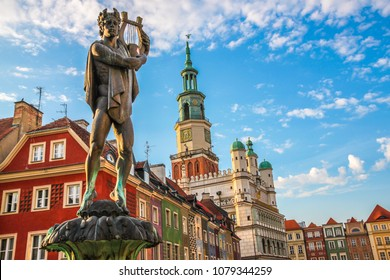 Fountain with statue of Apollo in old town square. Poznan. Poland