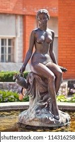 Fountain: a woman with a pitcher