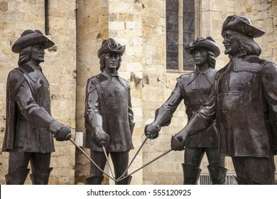four Musketeers,statue in Condom city.