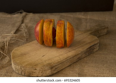 Four slices of peach fruit