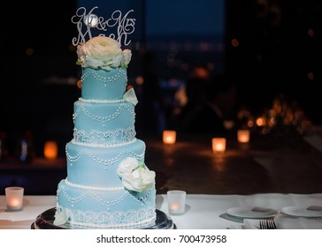 Four Tiered Wedding Cake Images Stock Photos Vectors Shutterstock