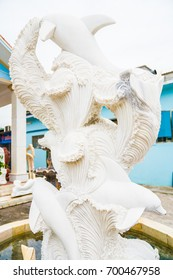 four White fishs sculpture in Vietnam