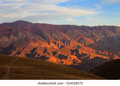Fourteen colors hill, cerro de los 14 colores, Hornocal, Jujuy Argentina