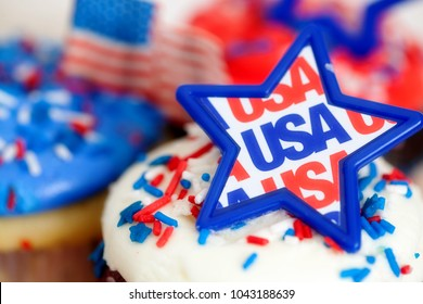 Fourth of July Cupcakes and Decorations
