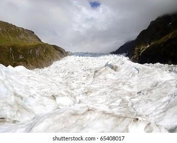Fox Glacier, South Island, New Zealand.  Te Wahipounamu UNESCO World Heritage Area