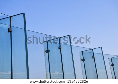 frame-less-tempered-laminated-glass-450w
