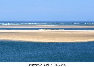 France, Aquitaine, the Arguin sandbank seen frome the dune of Pilat in the Arcachon basin. this sand bank is a nature reserve and a staging area.