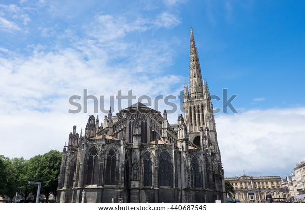France, Bordeaux,exterior of Bordeaux cathedral or Cathedrale Saint-Andre de Bordeaux.  A national monument of France and UNESCO site.