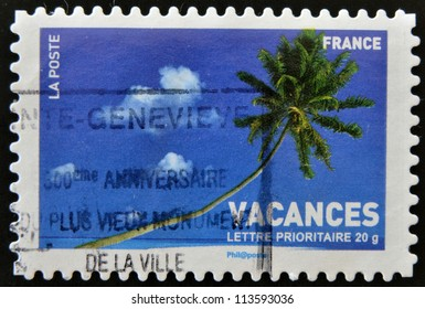 FRANCE - CIRCA 2007: A stamp printed in France shows palm tree, circa 2007