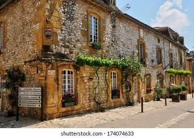 France, the city hall of Monpazier in Perigord