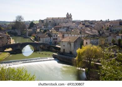 France, Lot et Garonne, Nérac, its church and its old bridge.