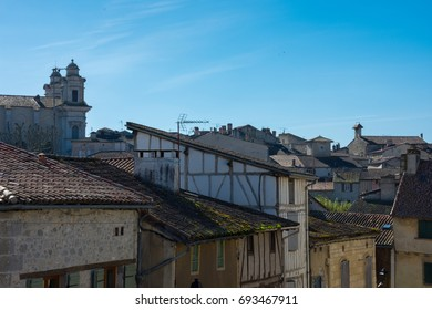 France, Lot et garonne, view on the roofs of old Nérac.