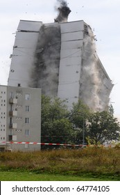 France, explosion of an old building