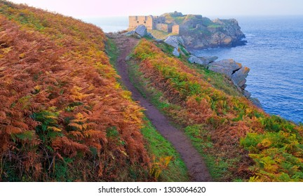 France, Finistere, Le Conquet, Kermorvan peninsula, fort of Kermorvan islet