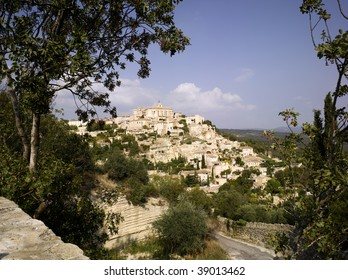 France, Provence, Luberon: city of Gordes