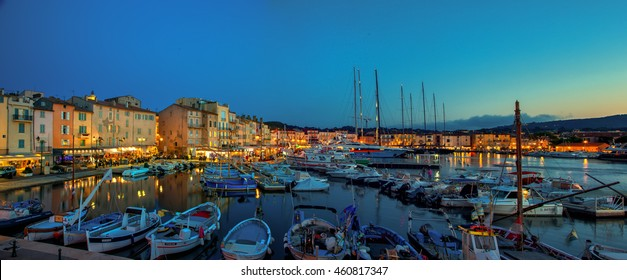 FRANCE. ST. TROPEZ - SEPTEMBER 27, 2013. ST.TROPEZ VIEW BY EVENING
