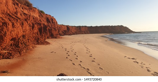 Francois Peron National Park is known for its contrasting red cliffs, white beaches