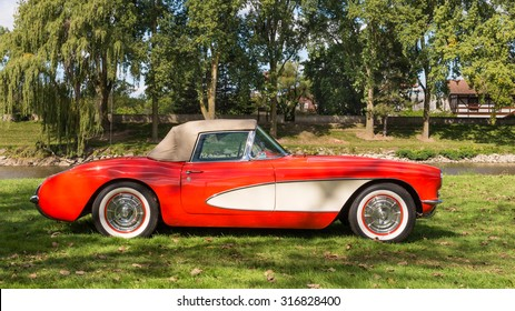 FRANKENMUTH, MI/USA - SEPTEMBER 13, 2015: A 1957 Chevrolet Corvette car at the Frankenmuth Auto Fest, held in Heritage Park.