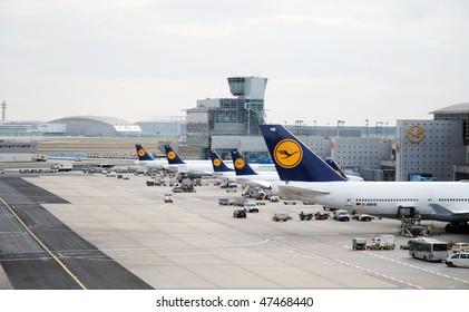 FRANKFURT - FEBRUARY 22: Empty Lufthansa aircraft standing on the handling ramp at Frankfurt/Main airport during Lufthansa pilot's strike on February 22, 2010 in Frankfurt, Germany.
