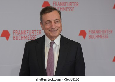 Frankfurt, Germany. 10th Oct, 2017. Mario Draghi (* 1947), President of the European Central Bank (ECB), on the red carpet for the Frankfurt Bookfair / Buchmesse Frankfurt 2017 opening ceremony