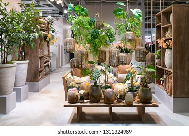 Frankfurt, Germany. 11th Feb 2019. Impressions from the Ambiente trade fair 2019: DPI - Deko Pflanzen Import. Ambiente is a leading consumer goods trade fair
