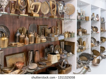 Frankfurt, Germany. 11th Feb 2019. Impressions from the Ambiente trade fair 2019: Products from Akanksha Overseas. Ambiente is a leading consumer goods trade fair