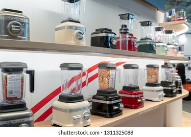 Frankfurt, Germany. 11th Feb 2019. Impressions from the Ambiente trade fair 2019: Kitchen Aid Blenders. Ambiente is a leading consumer goods trade fair