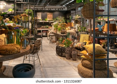 Frankfurt, Germany. 11th Feb 2019. Impressions from the Ambiente trade fair 2019: Presentation of products by swedish company Miljögarden. Ambiente is a leading consumer goods trade fair