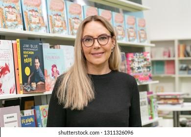 Frankfurt, Germany. 11th Feb 2019. Natasha Ochsenknecht (*1964), model and author, presents her newest childrens book 'Perlinchen' at Ambiente trade fair 2019.