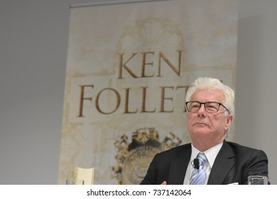 Frankfurt, Germany. 11th Oct, 2017.Ken Follett, british bestselling author, international press conference for A Column of Fire / Das Fundament der Ewigkeit at Frankfurt Bookfair / Buchmesse Frankfurt
