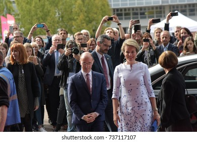 Frankfurt, Germany. 12th Oct. 2017. Her Majesty Queen Mathilde of Belgium visiting the Frankfurt Bookfair accompanied by Rudy Demotte, Minister-President of the French Community, Arrival on red carpet
