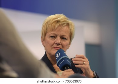 Frankfurt, Germany. 13th Oct, 2017. Renate Künast (* 1955), german politician, presenting her book 'Hass ist keine Meinung' at Frankfurt Bookfair / Buchmesse Frankfurt 2017