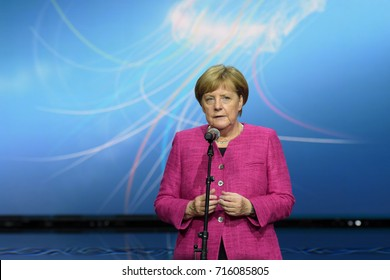 Frankfurt, Germany. 14th Sep, 2017. Angela Merkel speaking at the end of her tour through the 67th IAA International Motor Show in Frankfurt/Main on Tuesday, September 14th, 2017