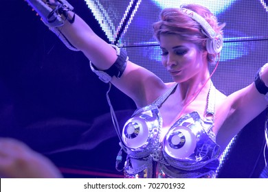 Frankfurt, Germany. 6th April 2017. DJ and model Micaela Schäfer (Micaela Schaefer) performing a live DJ session at the SEBO booth at Musikmesse in Frankfurt, Germany