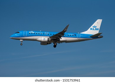 FRANKFURT / GERMANY - OCTOBER 2019 KLM Cityhopper Embraer ERJ-175STD (ERJ-170-200), PH-EXU, cn 17000708  arriving from Amsterdam.