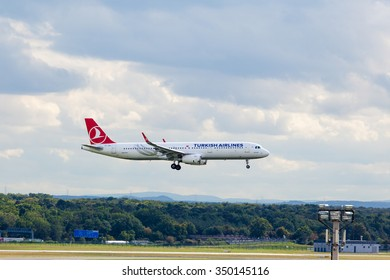 FRANKFURT, GERMANY - SEPTEMBER 25, 2015: Turkish Airlines Airbus A321 landing at  Frankfurt Airport. The company operates scheduled services to 146 international and 41 domestic cities