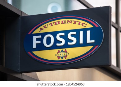 frankfurt, hesse/germany - 11 10 18: fossil sign on an building in frankfurt germany