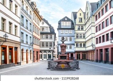 Frankfurt neue Altstadt reconstructbed old town