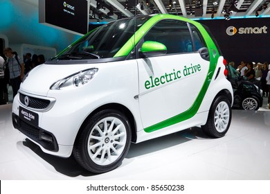 FRANKFURT - SEP 24: Smart electric car shown at the 64th IAA Motor Show (Internationale Automobil-Ausstellung) in Frankfurt, Germany, on September 24, 2011.